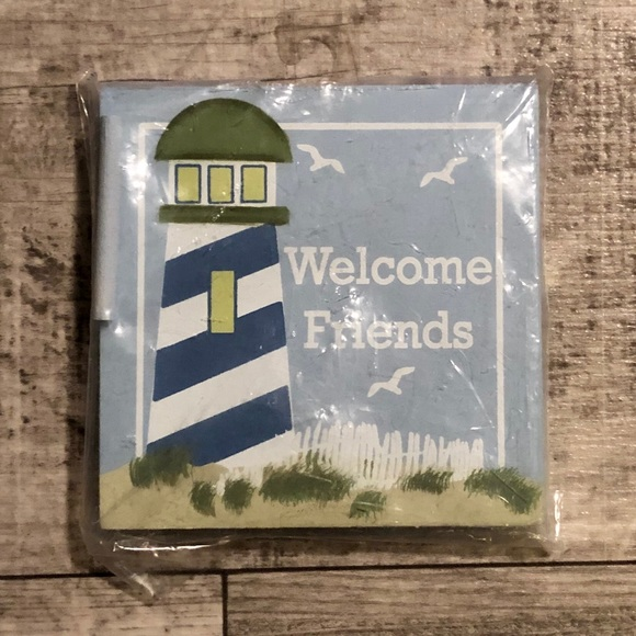 Bouquet & Company Welcome Friends w/Lighthouse